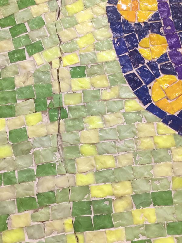 十文字学園 ガラスモザイク壁画修復